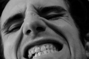 Bruxismus, Zahnschmerzen, Kopfschmerzen